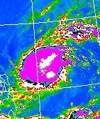 圖中所示為2000年熱帶風暴達維發展出一個<a href=